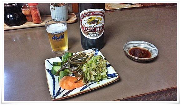 瓶ビール&漬物@ぎょうざ いづみ