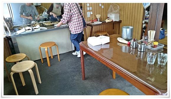 カウンター&テーブル席@お好み焼き さとう