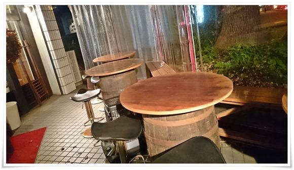 店頭のテラス席@スペイン食堂 八幡バル8