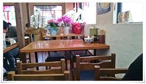 テーブル席@うどん満月 陣原駅前店