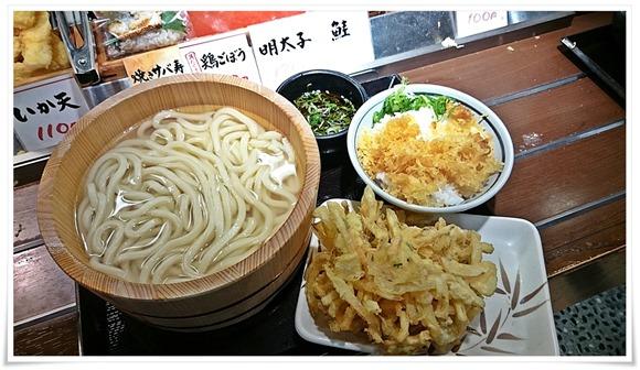 釜揚げうどん大盛りをチョイス@丸亀製麺