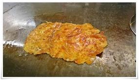 チーズを鉄板で焼く@鉄板焼鶏 いしちゃん