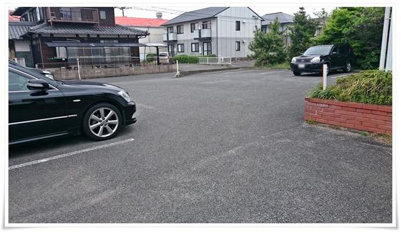 駐車場完備@レストラン ポワーブル