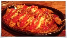 地鶏ミーとチーズ鉄板@焼き鳥 亮平(りょうへい)