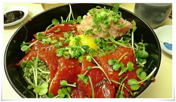 ユッケ+ネギトロ丼@こずえ食堂