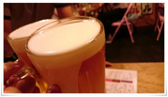 生ビールで乾杯@奇跡の手羽先 サラリーマン横丁
