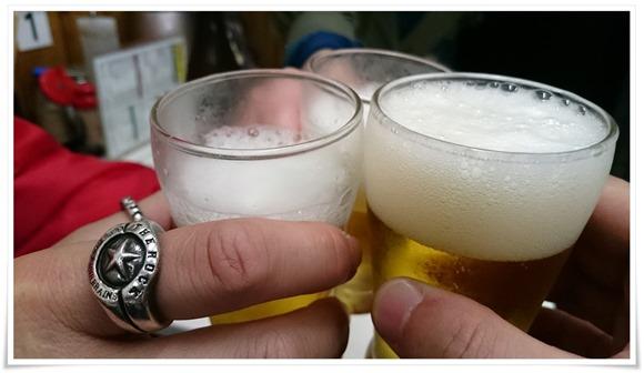 ビールで乾杯@宝雲亭 えっちゃん