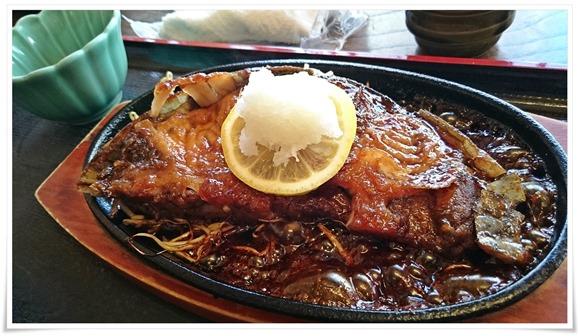 まぐろステーキ鉄板焼き@魚料理 びびんや