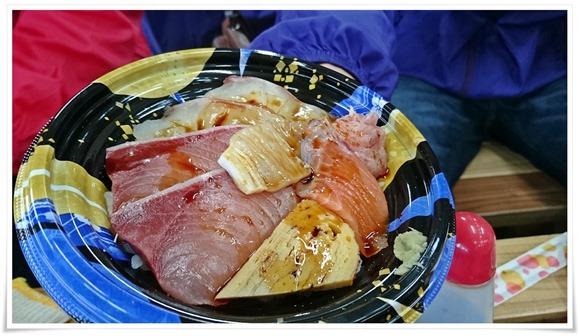 海鮮丼400円@若松妙見かき小屋
