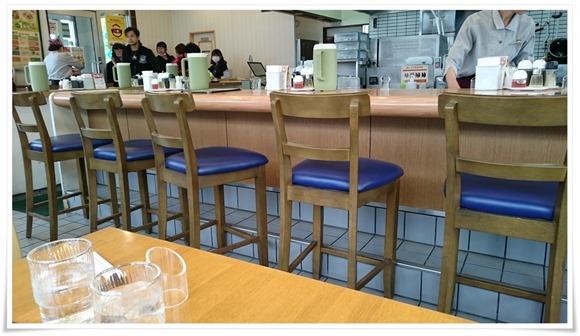 カウンター席@リンガーハット 八幡平野店