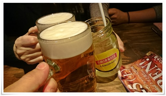 生ビールで乾杯@鶏工房BARNHOF(バーンホーフ)
