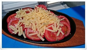 チーズトマト鉄板@BBQ