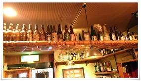 ボトルの数々@パブリックハウス ブラボー