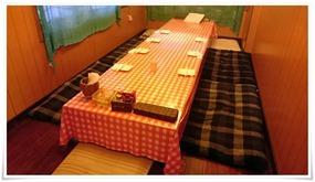 掘り炬燵式テーブル席@株式会社ひよこ組