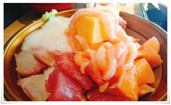 海鮮のっけ丼@長崎ホテル清風