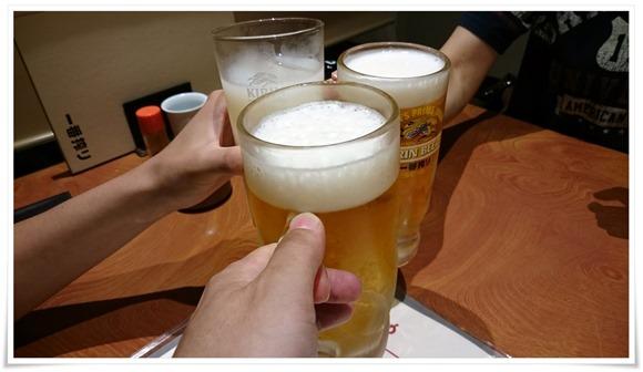 生ビールで乾杯@やきとり道場 住吉店