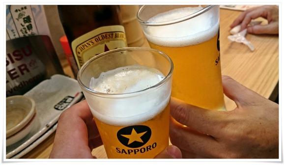 赤星で乾杯@天ぷら角打ち しらすくじら