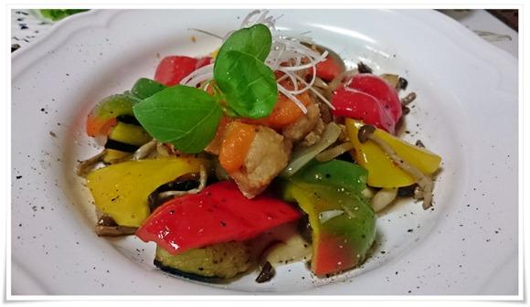 チキンと温野菜のサラダ@味工房Cona