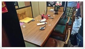 6人が座れるテーブル席@立飲み処 とき