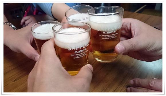 瓶ビールで乾杯@立飲み処 とき
