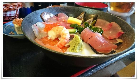 海鮮丼アップ@海鮮いづつ