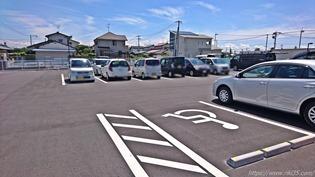 駐車場奥側@資さんうどん佐賀開成店