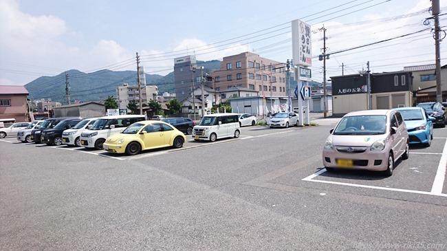 駐車場@資さんうどん大里店