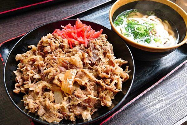 牛肉肉丼@資さんうどん