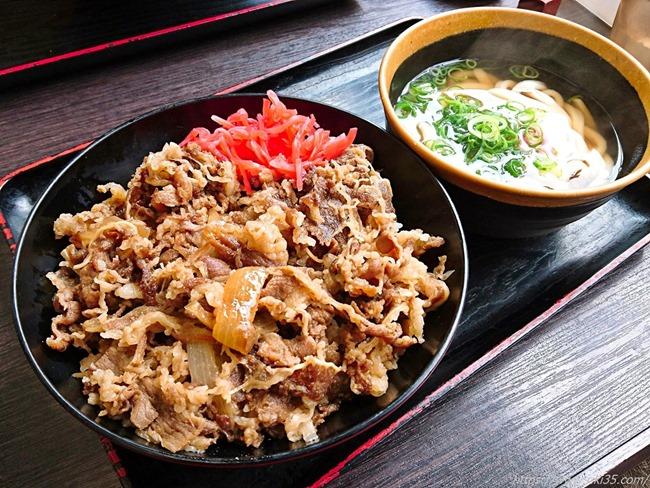 牛肉肉丼登場@資さんうどん大里店