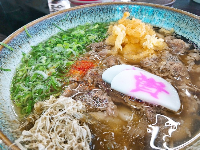 肉うどんお化粧完了@資さんうどん陣山店