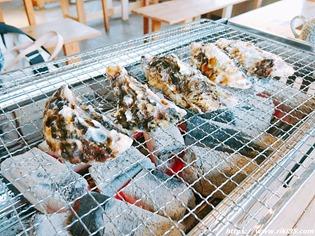 牡蠣を並べて@牡蠣の蔵