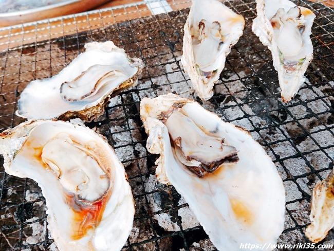 焼き牡蠣アップ@お魚直売所 とと市場