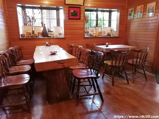 8人利用可能なテーブル席@喫茶 園