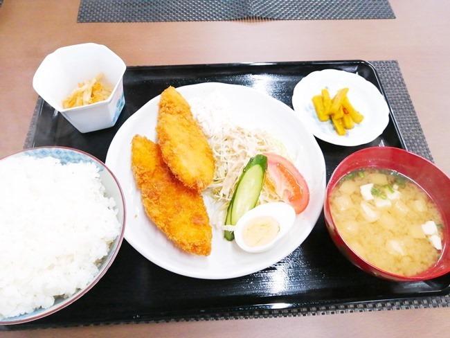 白身フライ定食@良いかげん食堂 徳ちゃん
