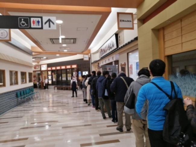 オープン前の大行列@資さんうどん
